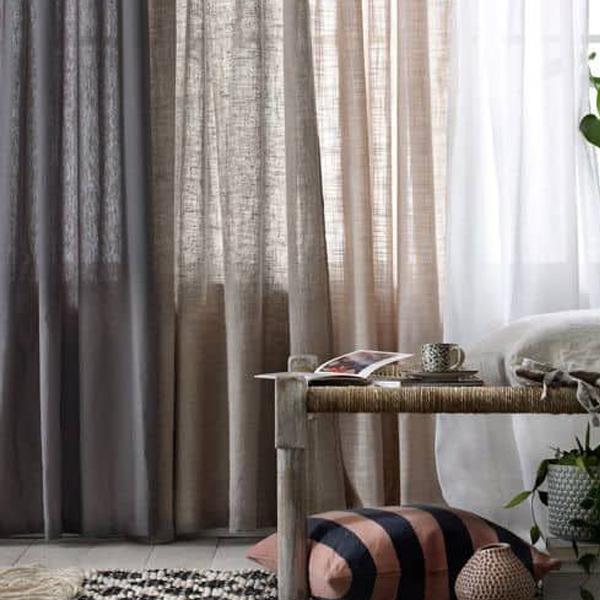 cortina tradicional de violeta decoraciones