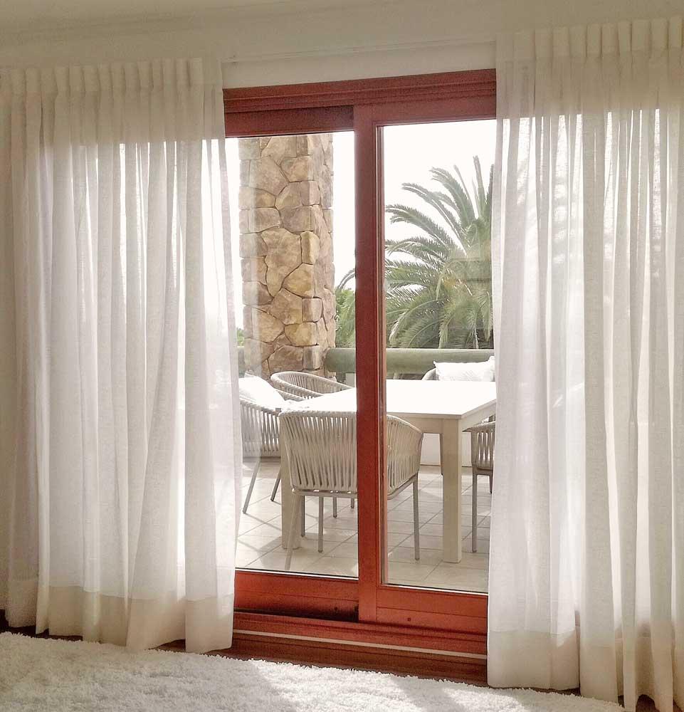 cortina tradicional en velo blanco algodon para estar violeta decoraciones