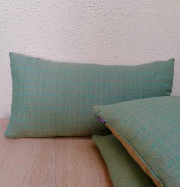 Cojín de lino belga color AQUA
